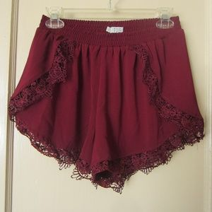 Tobi burgandy lace trim shorts